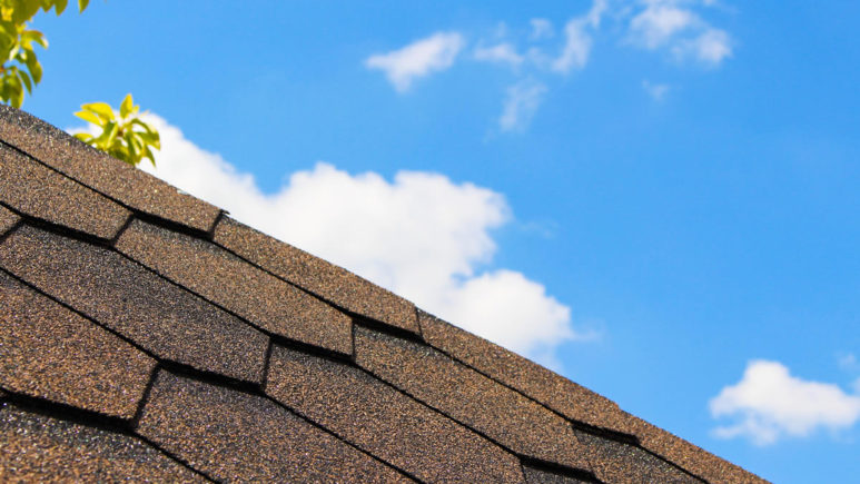 Use Twelve Oaks Roofing for Roof Repairs in West Bloomfield Michigan
