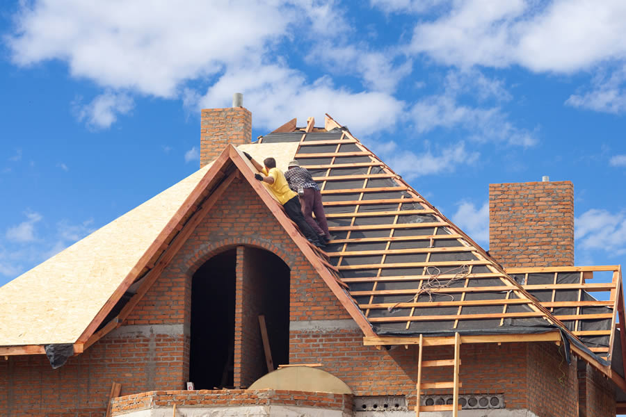 Does Your Michigan Roof Need Replacing We Can Help
