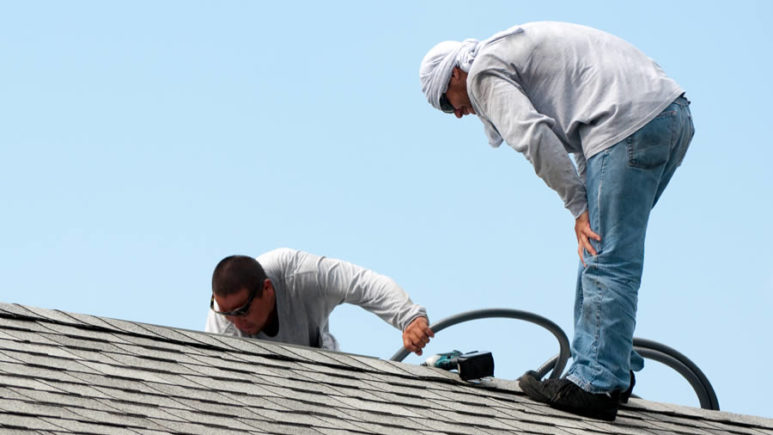 What to Consider When Hiring a Roofing Contractor in Michigan