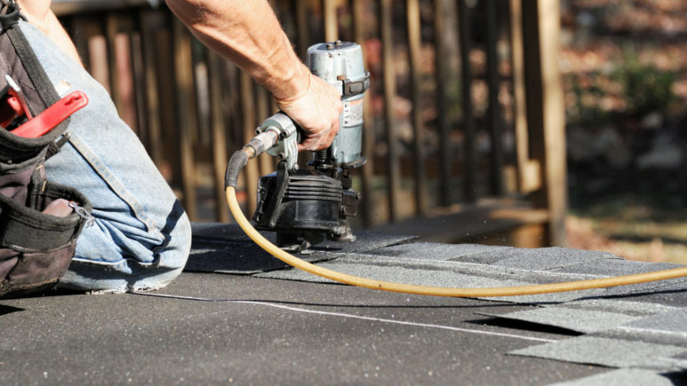6 Signs You Need Roof Replacement in Ypsilanti Michigan