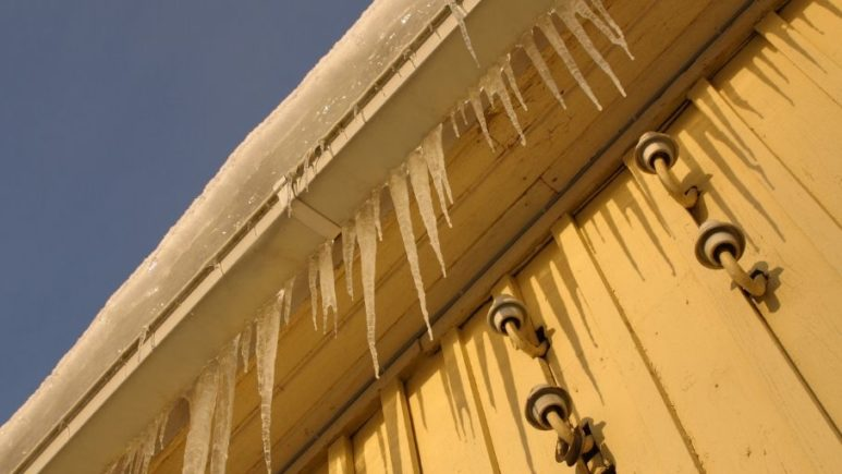 5 Reasons You Should Always Keep Your Gutters Clear