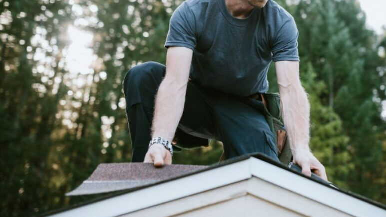 Top 5 Reasons to Call a Roofer in Plymouth Michigan
